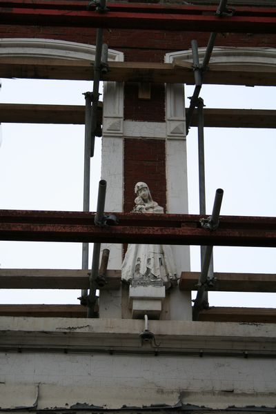 Statue of Maria on a restoration project
