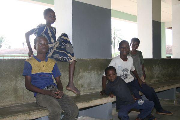 Kids waiting in the hospital of Mushenge
